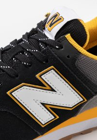 New Balance - Trainers - black - 5