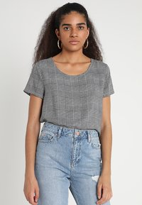 ONLY - ONLFIRST  - Blusa - cloud dancer/prince of wales - 0