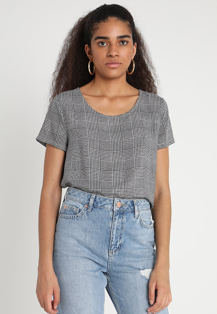 ONLY - ONLFIRST  - Blusa - cloud dancer/prince of wales