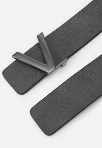 Valentino Bags - GINKGO - Belt - antacnero/cannafucil - 1