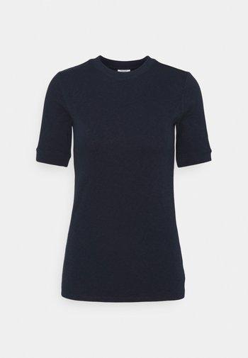 MODERN - Basic T-shirt - scandinavian blue