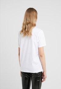 HUGO - DIREOLA - T-shirts print - white - 2