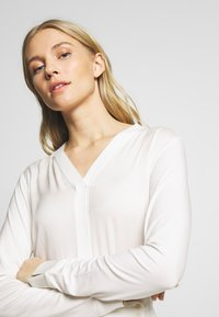 Marc O'Polo PURE - BLOUSE - Blouse - clear white - 4