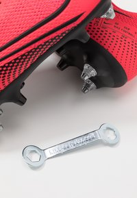Nike Performance - VAPOR 13 ACADEMY SG-PRO AC - Screw-in stud football boots - laser crimson/black - 5