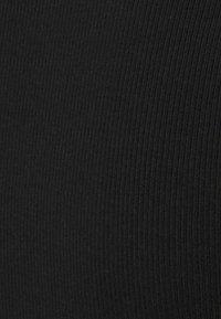 Even&Odd - Jednoduché triko - black - 2