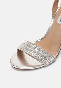 Steve Madden - YUMA-R - Sandals - silver - 5