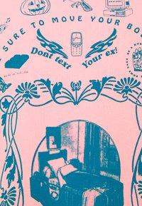 NEW girl ORDER - MOVE YOUR BODY  - Sweatshirt - pink - 4