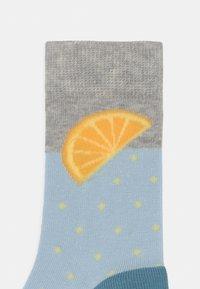 s.Oliver - JUNIOR COMIC FRUIT 5 PACK UNISEX - Socks - niagara - 2