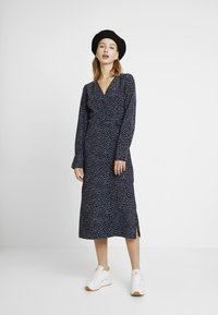 Monki - ERICA DRESS - Kjole - shadow navy - 2