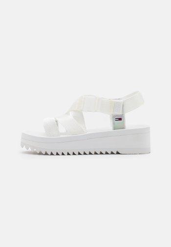IRIDESCENT STRAPPY - Platform sandals - white