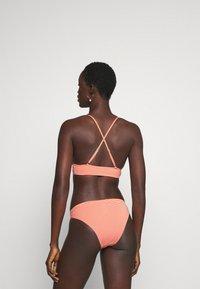 ONLY - ONLKITTY SET - Bikini - red clay/cloud dancer - 2