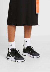 Nike Sportswear - REACT 55 - Sneakers - black/white - 0