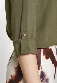 Vero Moda - Blouse - ivy green - 5