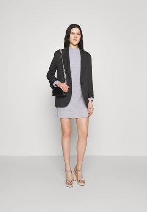 BASIC DRESS 2 PACK - Jerseykjoler - grey/stone