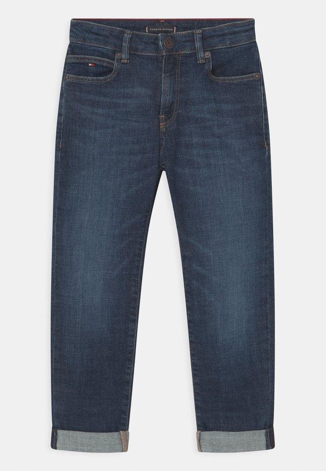 MODERN STRAIGHT - Straight leg jeans - blue denim