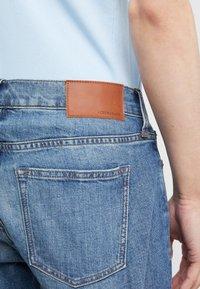 J.CREW - Slim fit jeans - tinted medium indigo wash - 5