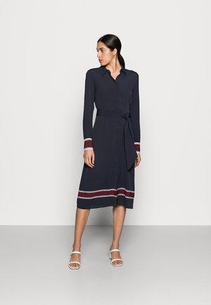 MIDI SHIRT DRESS - Robe chemise - blue