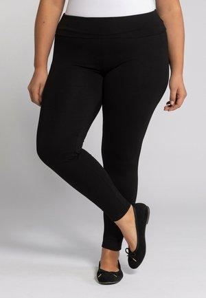GROSSE GRÖSSEN ELASTIKBUND - Leggings - Trousers - schwarz