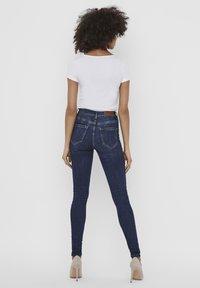 Vero Moda - 2 PACK - T-shirt - bas - bright white 2 - 2