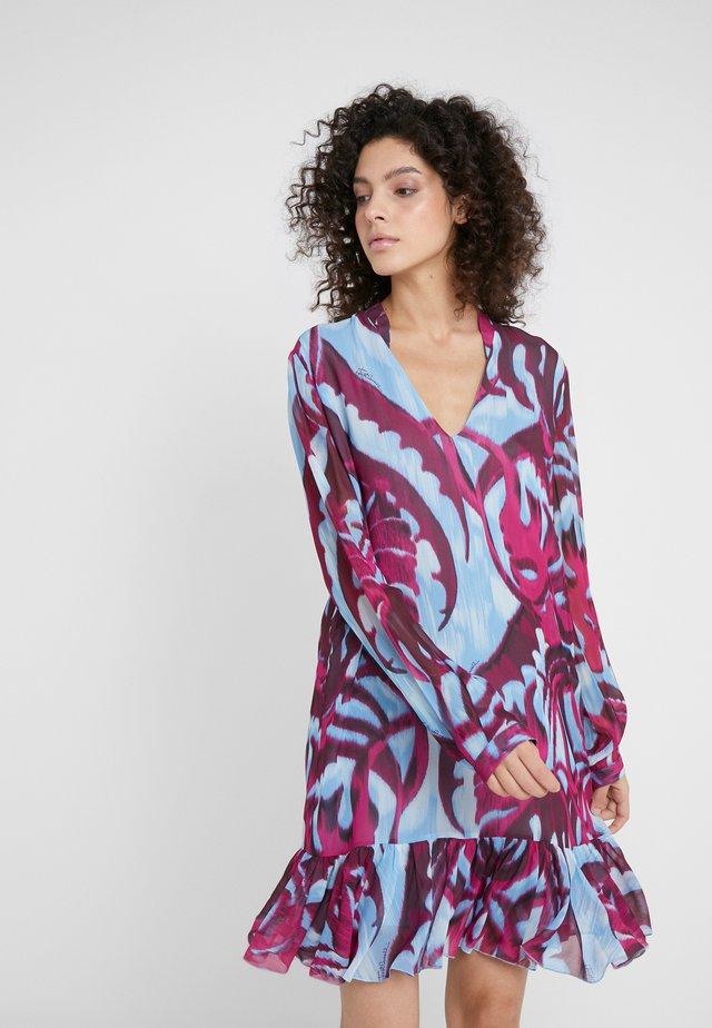 Denní šaty - bordeaux variant