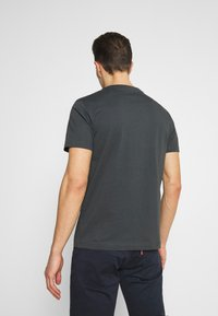 s.Oliver - T-shirt med print - grey - 2