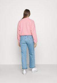 Levi's® - POM QUARTER ZIP - Sweatshirt - blush - 2
