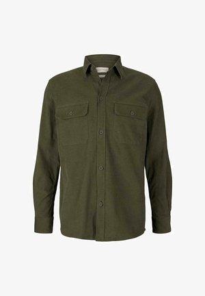 Shirt - oak leaf green