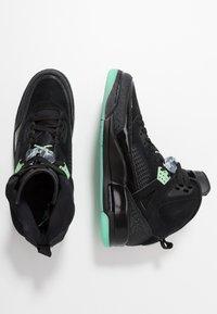 Jordan - SPIZIKE  - Skateboardové boty - black/green glow/anthracite - 1