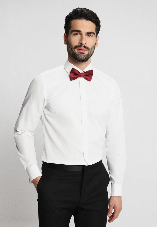 SANTOS UMA SLIM FIT - Formal shirt - white