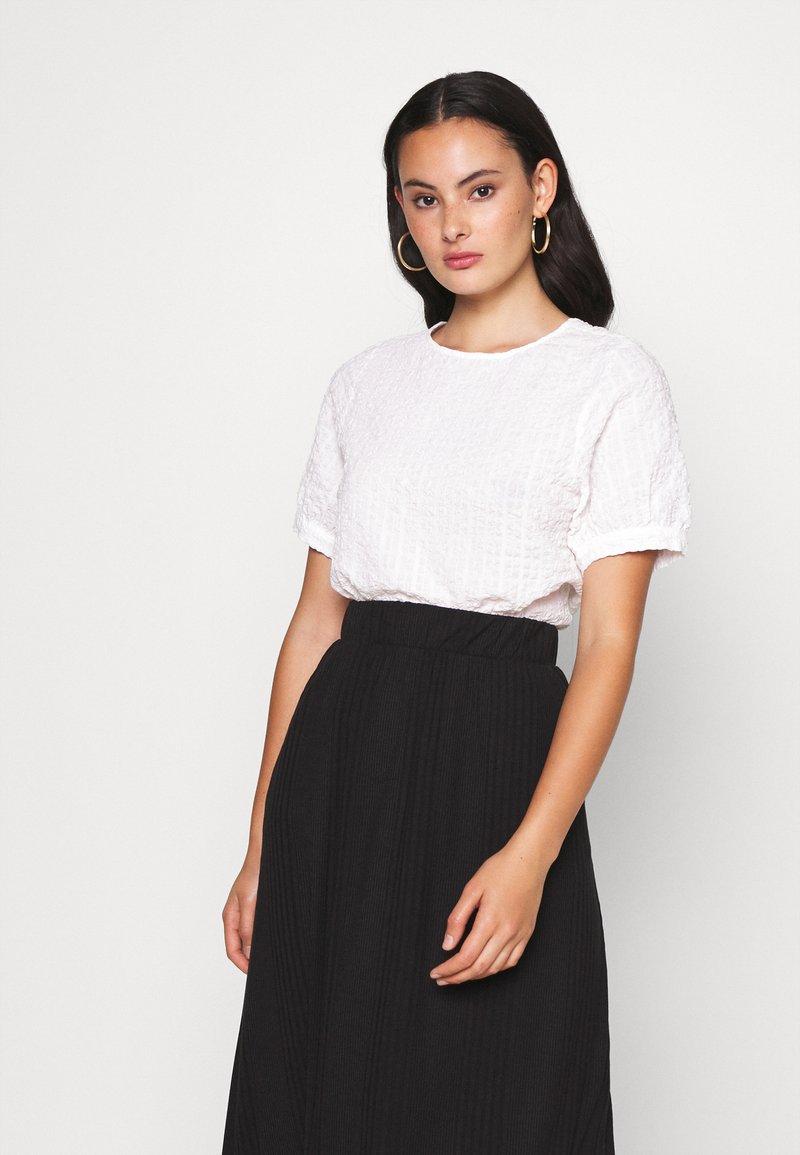 Monki - TOSCA BLOUSE - Blouse - white