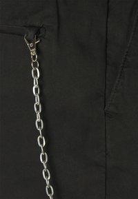 Redefined Rebel - THOMAS - Shorts - black - 5