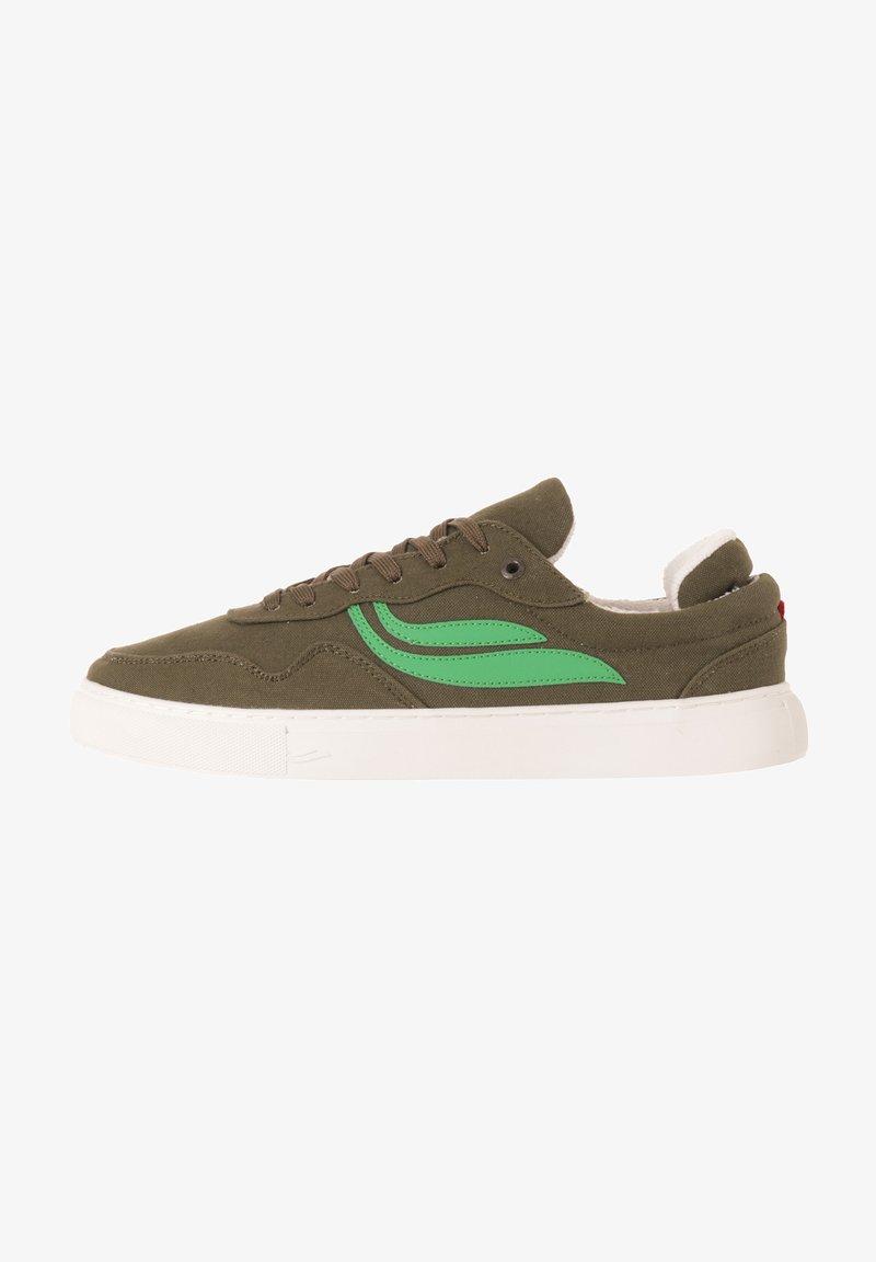 Genesis - Trainers - green