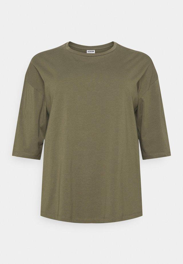 NMHAILEY - T-shirt - bas - kalamata