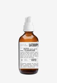 LA DOPE - CBD DEEP CLEANSER 009 - Gezichtsreiniger - - - 0