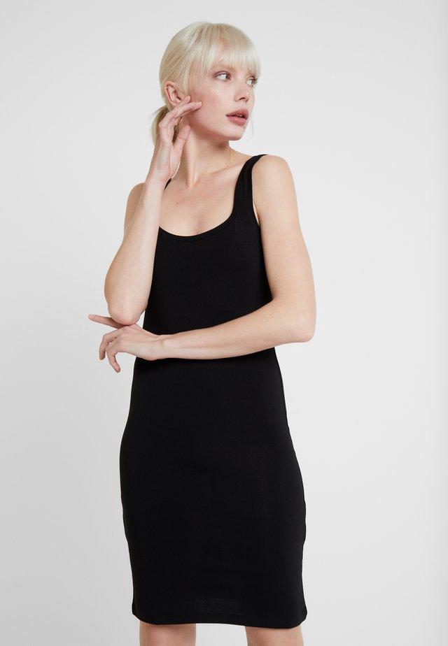 SUE LONG SOLID - Shift dress - black