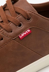 Levi's® - WOODWARD - Trainers - brown - 5