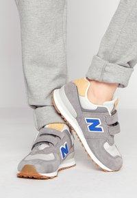New Balance - 574 UNISEX - Sneakers laag - grey - 0