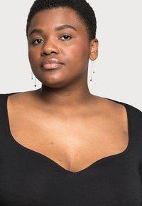 Anna Field Curvy - Long sleeved top - black - 4