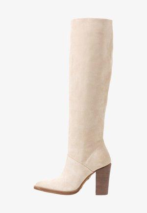 NEW AMERICANA - Højhælede støvler - sand