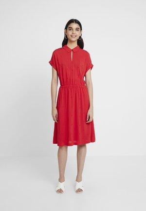 ETTY BRODERIE - Denní šaty - red lemon