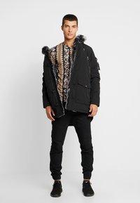 Glorious Gangsta - PARKLEA - Winter coat - black - 1