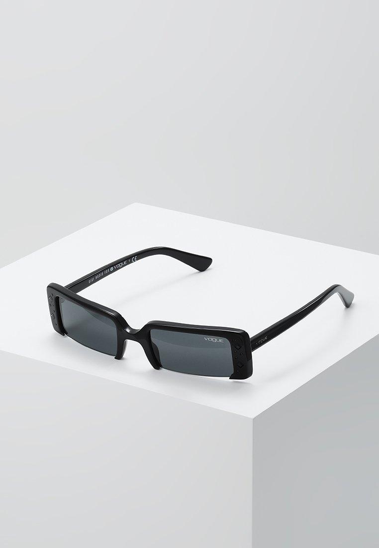 VOGUE Eyewear - GIGI HADID SOHO - Sunglasses - black
