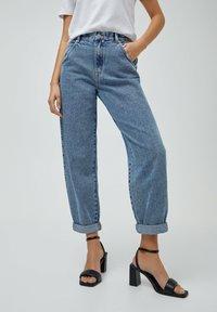 PULL&BEAR - Jeans straight leg - blue - 0