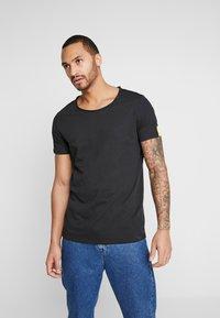 Replay - T-shirt basic - black - 0
