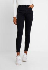 Miss Selfridge - LIZZIE - Jeans Skinny Fit - black - 0