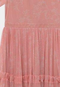 Anaya with love - RUFFLE DRESS - Vestido de cóctel - pink shadow - 2
