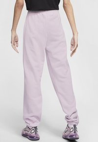 Nike Sportswear - PANT  - Tracksuit bottoms - iced lilac - 2