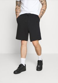 Nike Sportswear - Short - black - 0