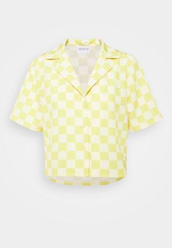 MAYA CROP SHIRT WITH OPEN WIDE COLLAR  - Overhemdblouse - green checkboard