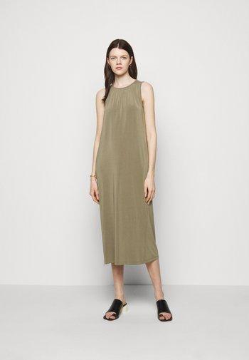 EPOPEA - Maxi šaty - moosgruen